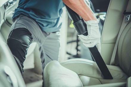 Notranje čiščenje avtomobila maribor